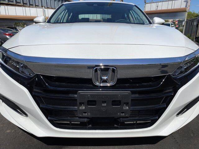 2019-honda-accord-ex-l-4dr-sedan-1-5t-i4 (2).jpg